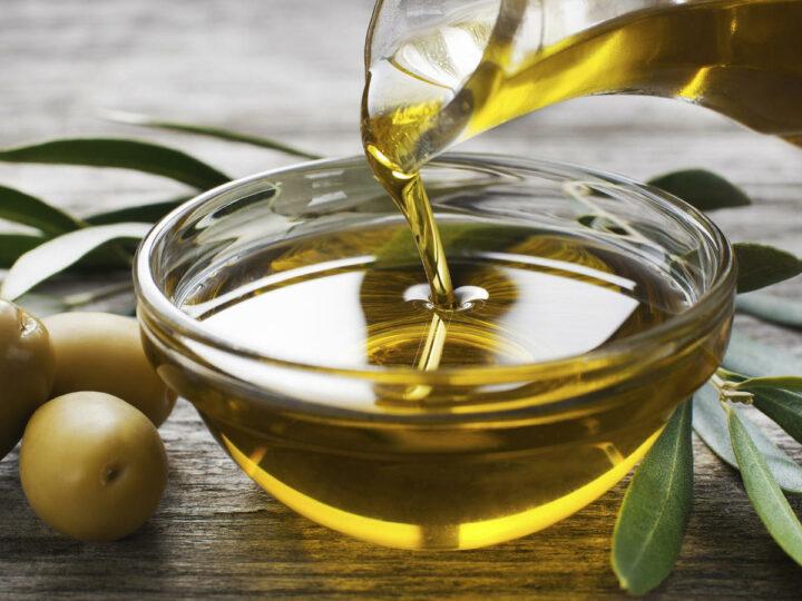 """""""A lo que aceite de oliva hecho, sácole provecho""""."""
